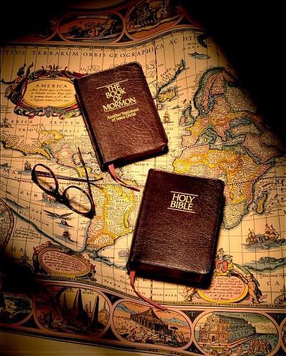 Biblia y Libro de Mormón